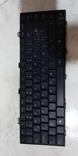 Teclado Portatil Dell  Pp421