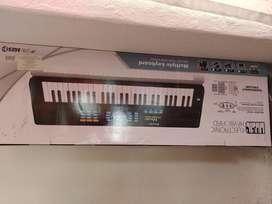 Organeta de juguete con micrófono-Nueva