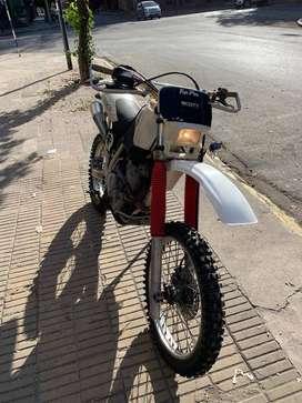 Moto Honda XR 600 Enduro