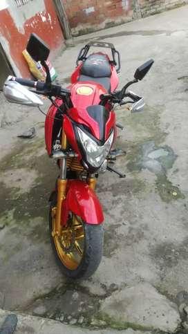 Moto pegaso motor 250