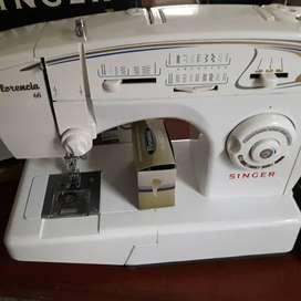 Vendo Máquina de coser Singer Florencia 68