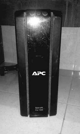 UPS APC Pro-1500 para reparar.