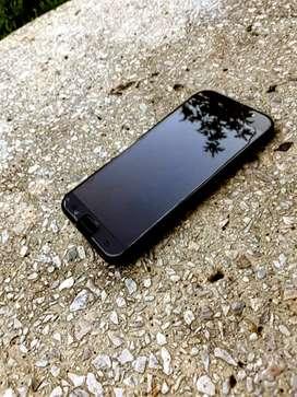 Vendo o permuto Samsung Galaxy A7 de 32 GB