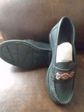 Zapatos cuero con guarda número 35