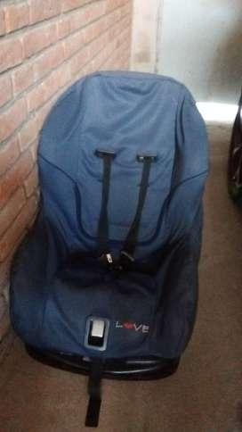 Vendo silla butaca para niño usada...buen estado.