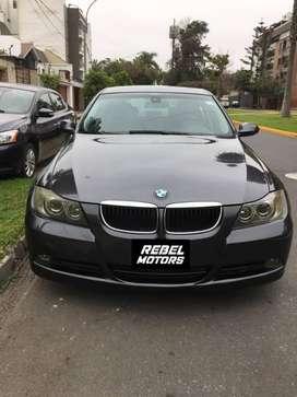 930. BMW 320i