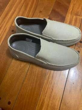 Zapatos ringo  de verano hombre color gris/crema numero 43