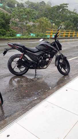 Moto AKT CR4
