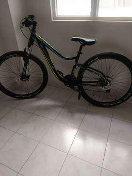 Bicicleta dama todoterreno
