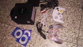 Game cube chipeada nitida 2 controles