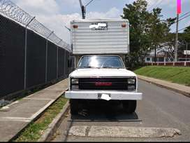 Vendo furgon C30 troquel original papeles al dia a gas publico blanco placas de Cali