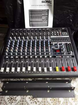 Se vende consola de12 canales marca sonic usa