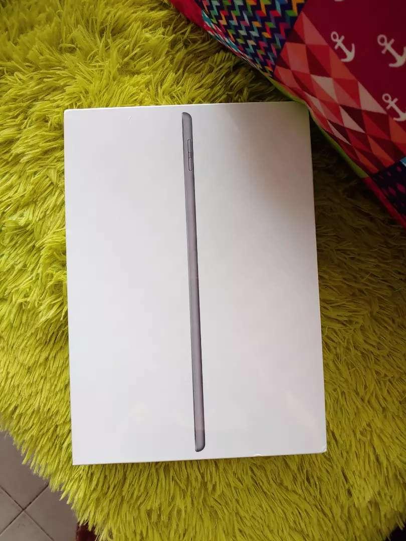 Vendo iPad 7th generación de 32gb nueva sellada 0
