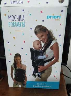 Mochila Porta bebe marca Priori sin uso