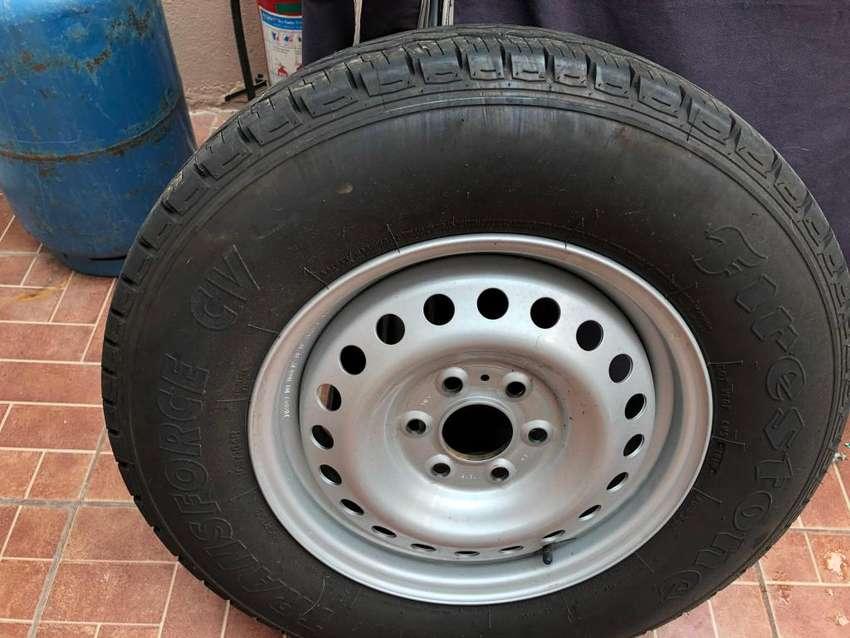 Neumáticos Nuevos 195R15 0