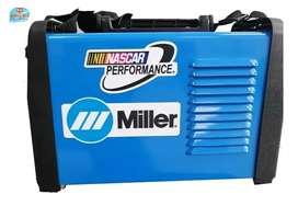 Soldador Miller  200 Amperios 110 voltios 220 voltios automáticos