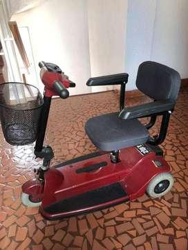 Vendo Scooter (Silla de Ruedas) eléctrico.