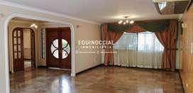 Alquiler de Casa con Piscina en Urb. Puerto Azul, Via a la Costa
