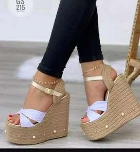 Sandalia elegante para dama plataforma