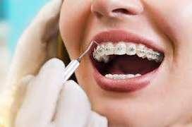 Se necesita odontologa