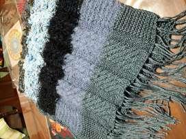 Ponchos tejidos a mano con trenzas en lana en mejores lanas colores
