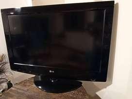 Tv LG Lcd 32  Modelo: 32lf 15r