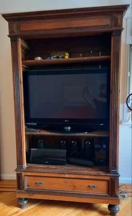 Mueble antiguo para TV y Audio