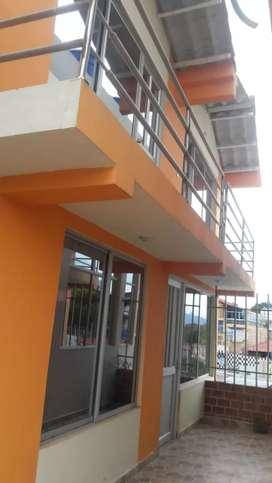 Se vende o se anticresa casa cabaña moderna, conjunto cerrado, serca comfamiliar y antes del peaje chachagui.
