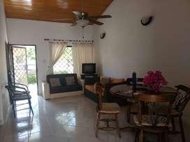 Vendo confortable casa en Santa Marta, a tan solo unas cuadras de playas, centro comercial y vías principales 5388976