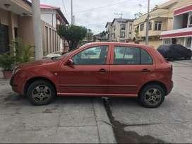 Vendo Carro Skoda Fabia 1.2