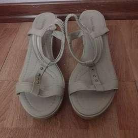 Vendo sandalias de mujer numero 38