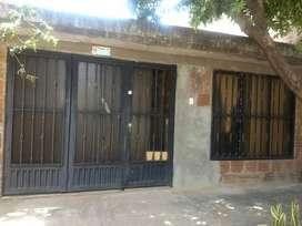 Casa en venta en Barrio Antonio Nariño, zona muy ventilada y fresca. Motivo viaje