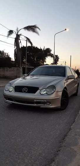 Vendo Cupé Mercedes Benz Inmaculada!!