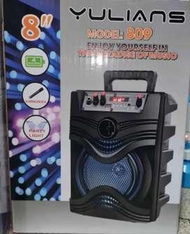 Parlante Bluetooth + micrófono 8 Pulgadas