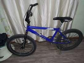 Linda bicicleta bmx