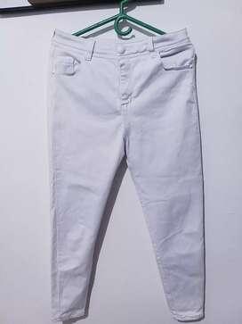 Pantalones tipo Jean