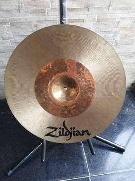 "Platillo Zildjian K custom Hybrid Crash de 17"""