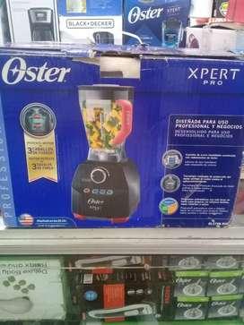 LICUADORA OSTER XPERT SERIES PROFESIONAL