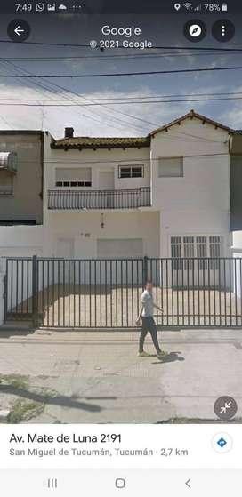 Alquiler casa Av Mate de Luna 2100 - Vivienda/destino comercial  $ 75.000  *casa en 2 plantas : cochera, living/comedor,