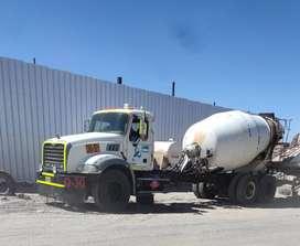 Camion mixer de 8 m3