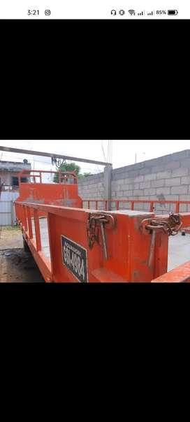 Vendo plataforma metálica para camión Hino dutro 7-16 8-16