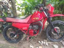 Vendo yamaha dt 175 modificada