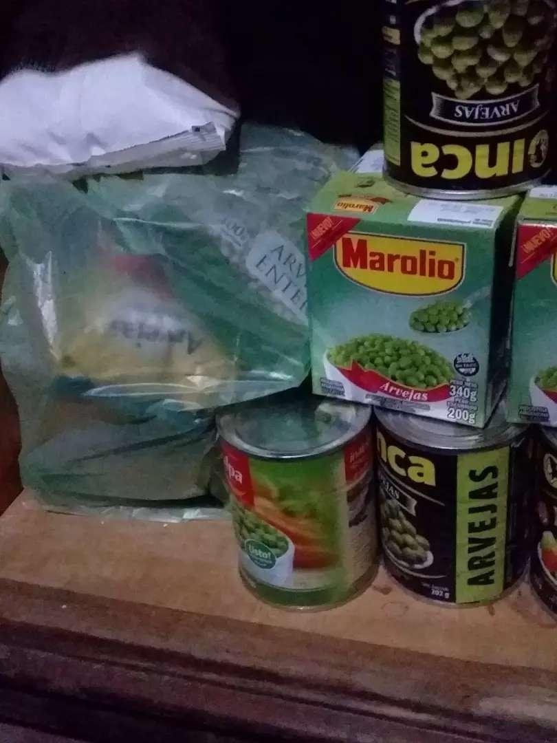 Vendo arveja en caja, lata y en paquete