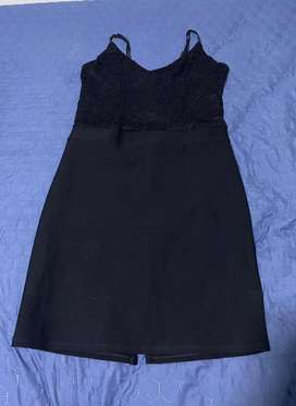 Vestido de fiesta marca StudioF, talla M