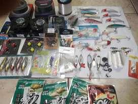 Artículos de pesca Anzuelos,  líneas armadas, señuelos, plomadas