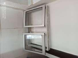 Vendo ventana en sluminio/vidrio