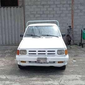 Camioneta blanca del año 1995