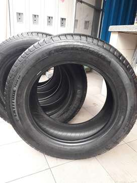 LLantas Michelin P245/60 R18