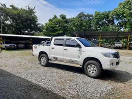 Se vende Toyota Hilux pública modelo 2014