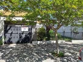 Gutman Vende -Casa a reciclar ubicada en Alvarado 1400.